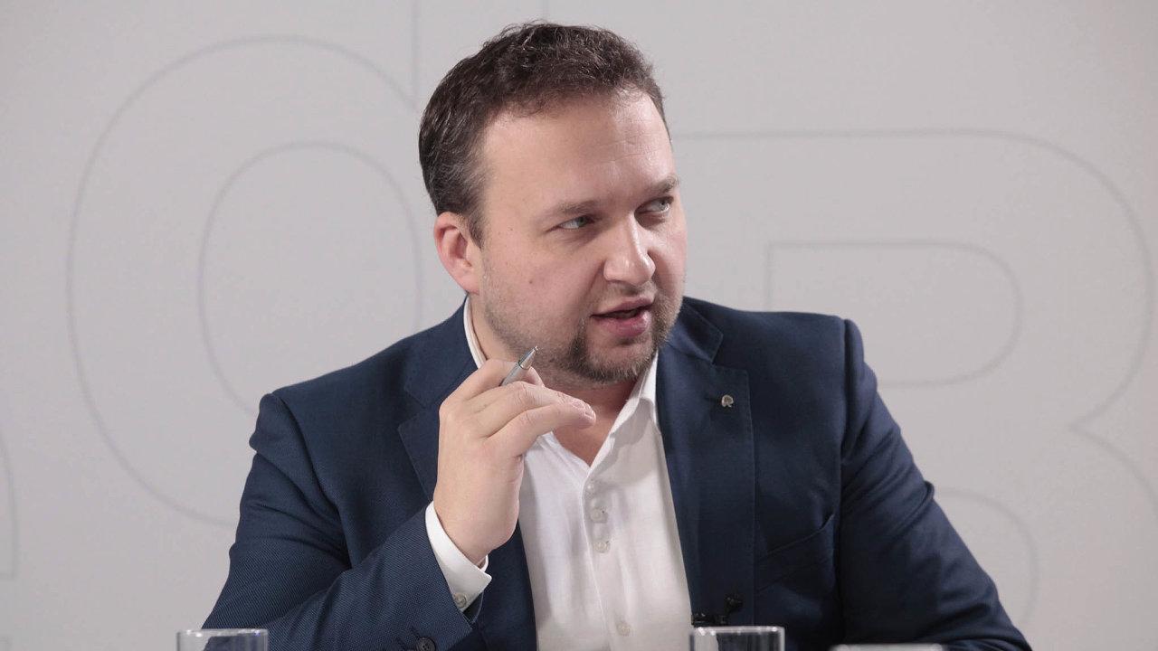 Podle lidoveckého poslance Mariana Jurečky by kvůli vysání peněz zesprávy mohla být ohrožena bezpečnost státu