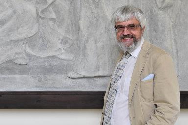 Jmenování předsedy Nejvyššího soudu Pavla Šámala soudcem Ústavního soudu podpořil senátní ústavně-právní výbor jednomyslně.