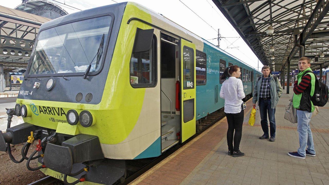 Odpoloviny prosince získala Arriva a další soukromí vlakoví dopravci možnost vevětší míře provozovat dotované rychlíky aosobní vlaky.