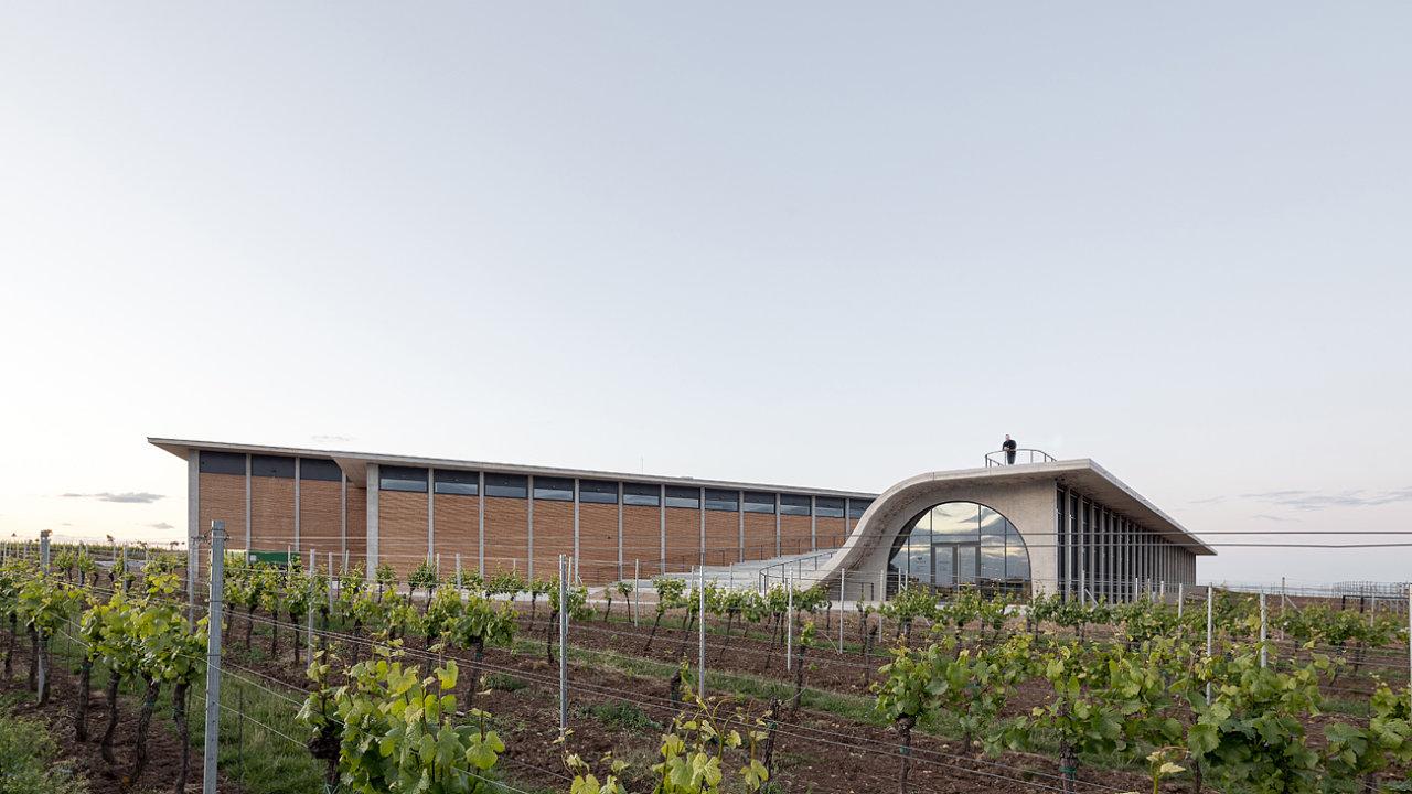 Nová budova vinařství Lahofer