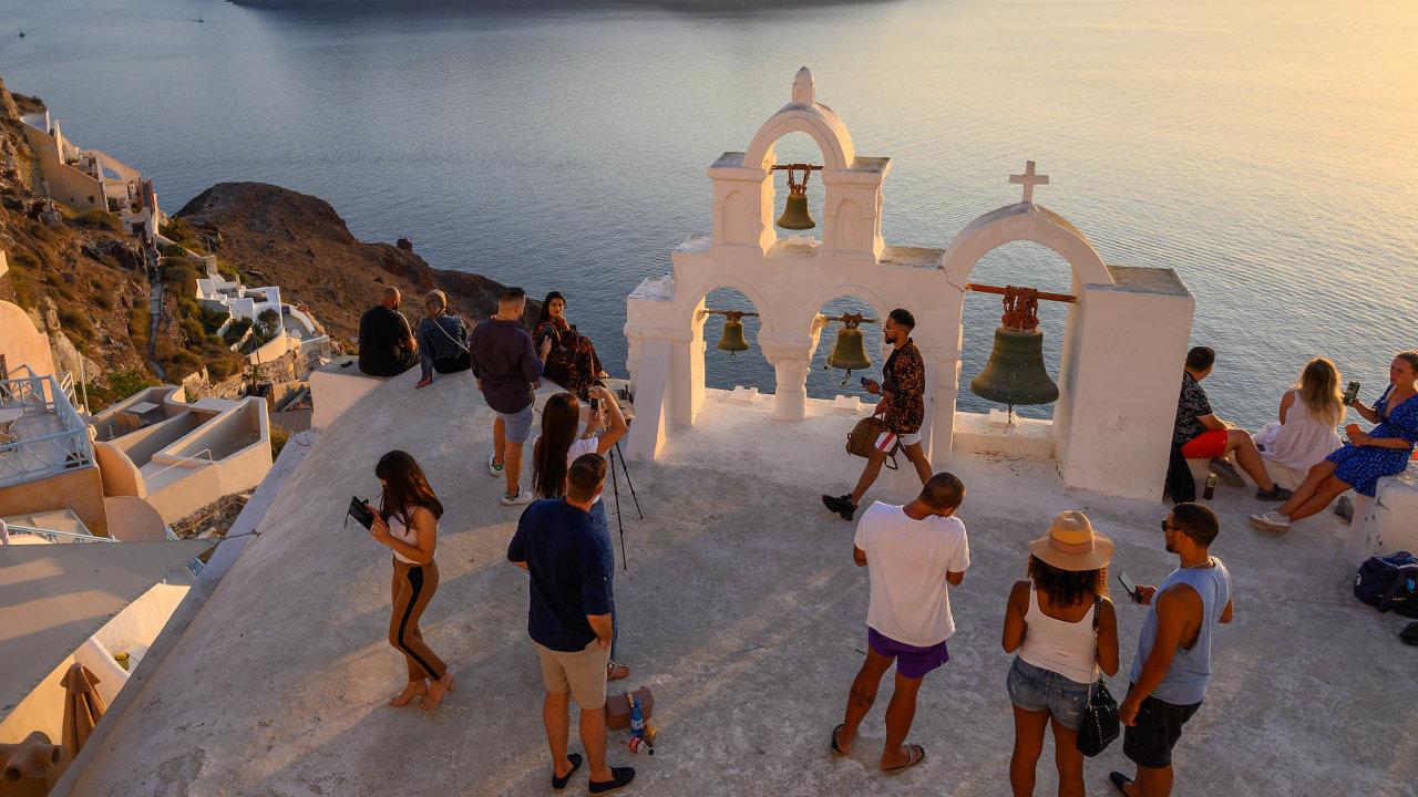 Turistický ruch je pro Řecko důležitým zdrojem příjmů, tvoří 20 procent HDP.