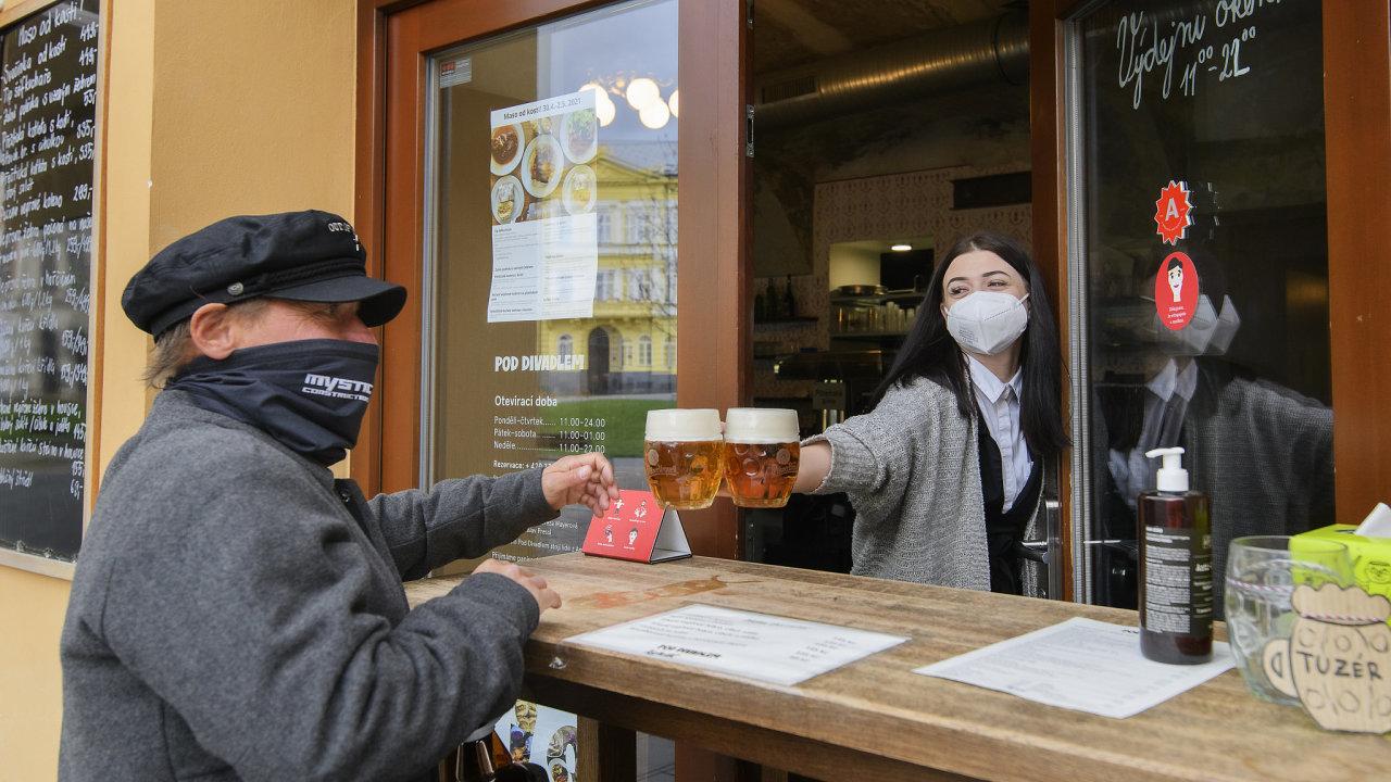 Restaurace, prodejní okénko, prodej točeného piva, pivo, opatření, koronavirus, covid-19