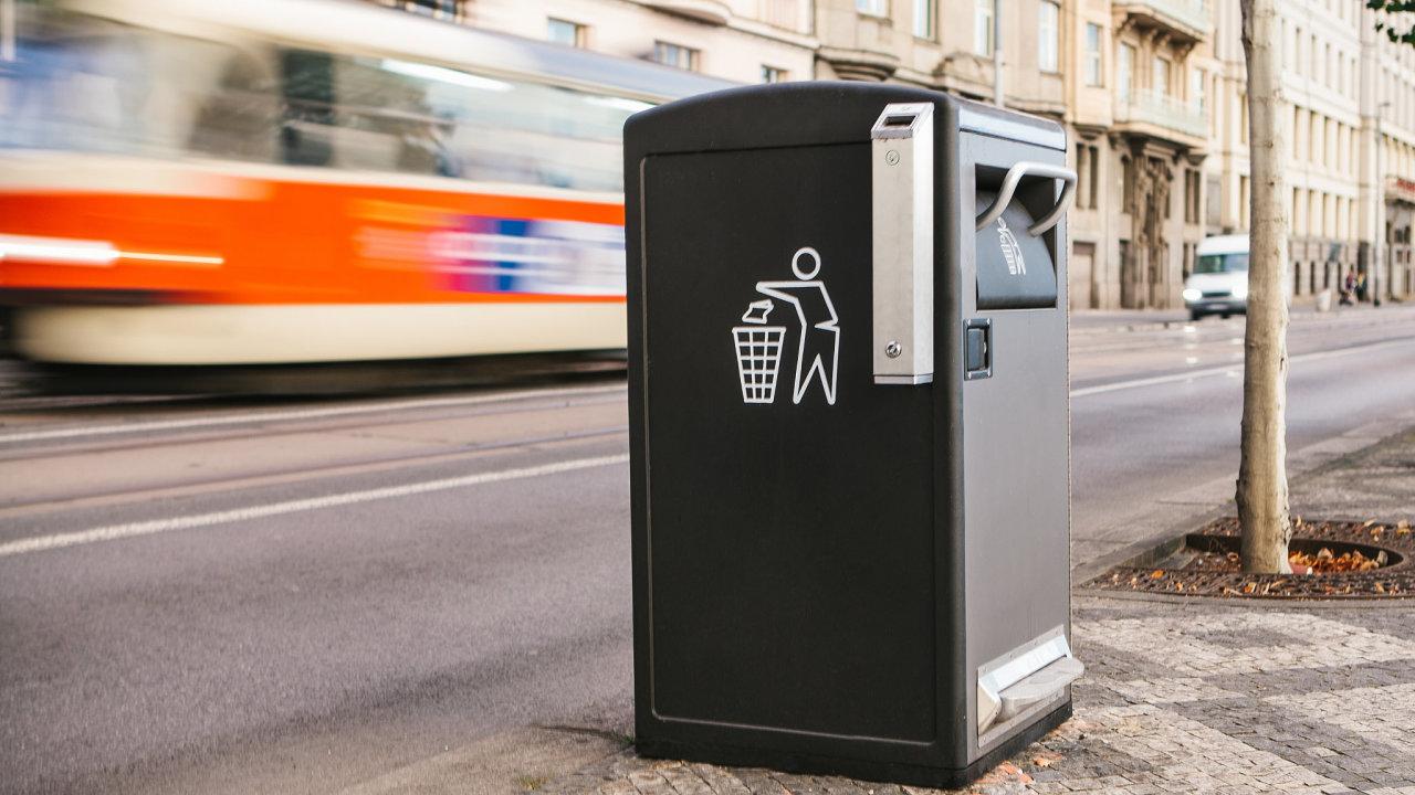 Chytrý odpadkový koš v Praze