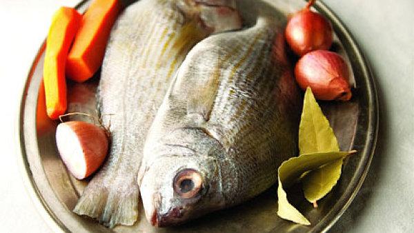Ryba v j�deln��ku, ilustra�n� foto