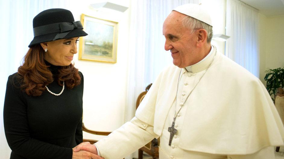 Papež František a argentinská prezidentka Cristina Fernándezová