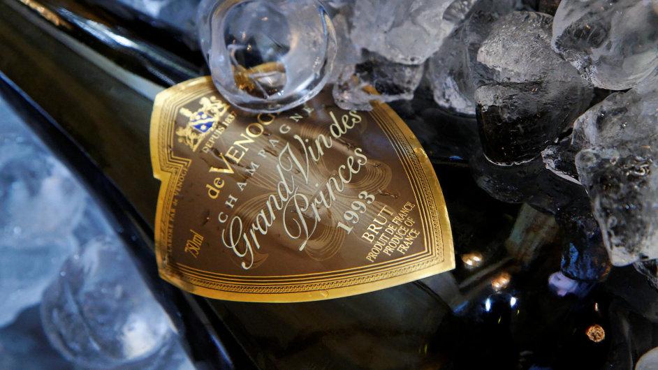 Champagne de Venoge Grand Vin des Princes Millésimé 1993, svérázný vyzrálý Blanc de Blancs