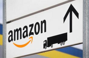 Dobrovízské distribuční centrum o rozloze 95 000 metrů čtverečních je součástí evropské distribuční sítě Amazonu - Ilustrační foto.