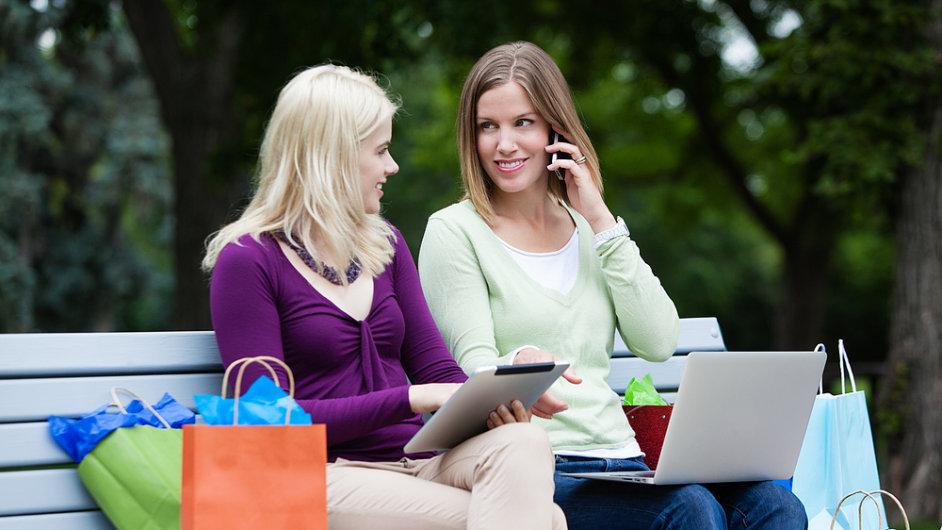 Mobilní zařízení zahrnují notebooky, tablety a mobilní telefony