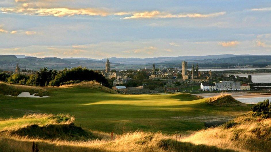 Nejznámější skotské golfové hřiště Old Course v St. Andrews