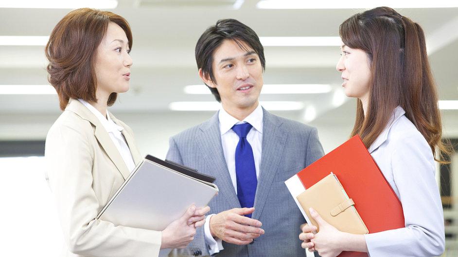Japonské workoholiky pošle vláda na dovolenou.