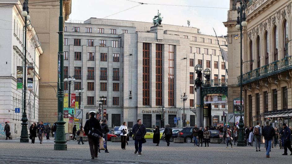 Budova České národní banky v Praze (ilustrační foto)
