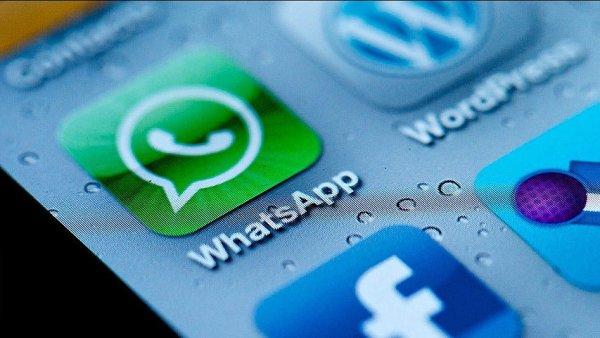 WhatsApp byl sta�en do miliardy Android�