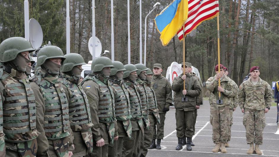 Na Ukrajině začalo společné cvičení USA a Ukrajiny.