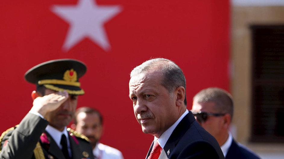 Komplikovaný vztah. Turecký prezident Erdogan byl tento týden na návštěvě severního Kypru.