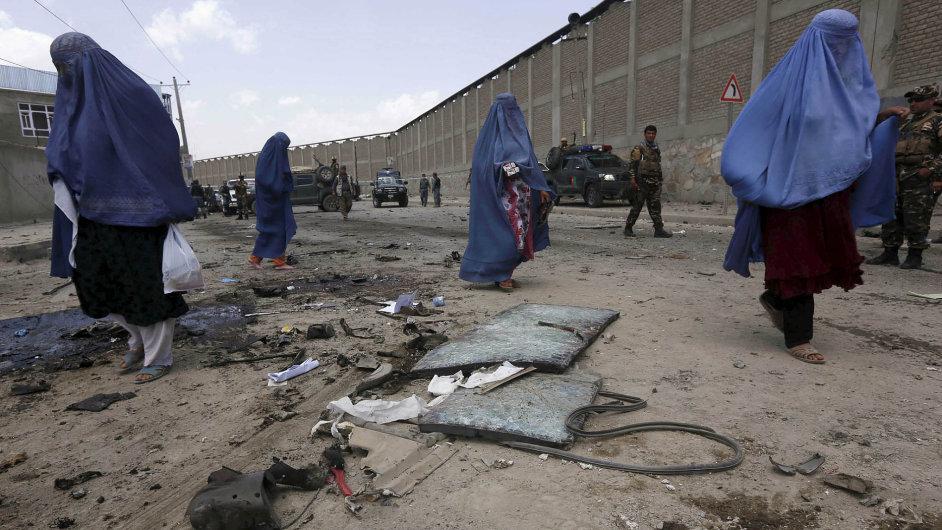 Nejistá budoucnost: Afghánci nevědí, jestli bude konečně mír, nebo se válka dál potáhne.