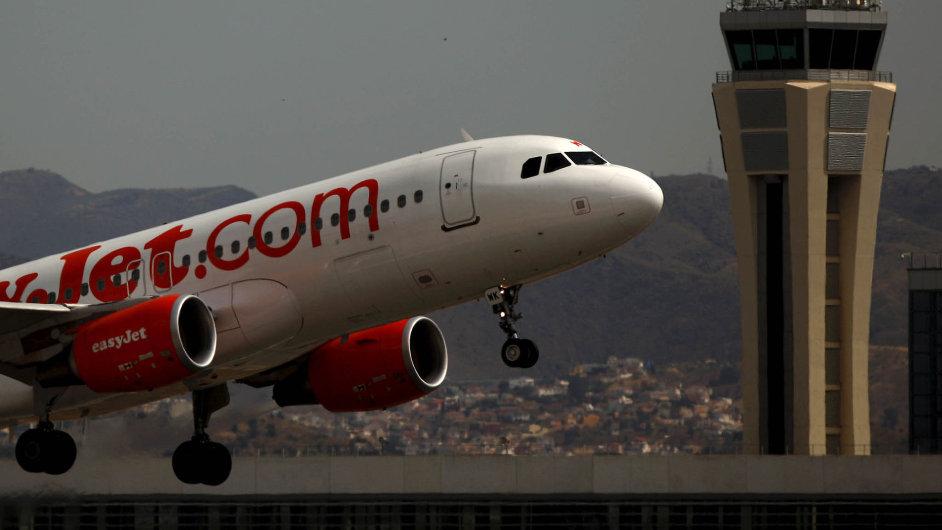 Nízkonákladové aerolinky easyJet vykázaly již pátým rokem rekordní zisk.