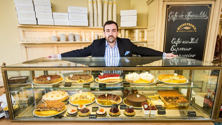 Majitel pekařství a cukrářství Jan Ivanco.
