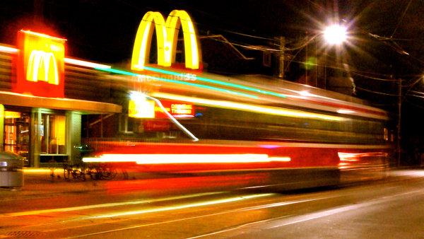 Kana�an procestoval cel� sv�t kv�li restaurac�m McDonald�s, - Ilustra�n� foto