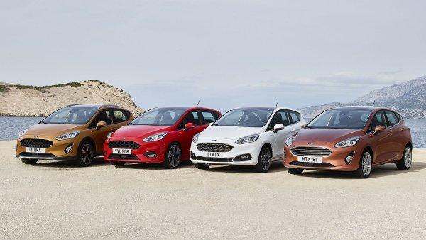 Čtyři verze nového Fordu Fiesta. Zleva: do terénu, na sportování, luxusní a dobře vybavená.