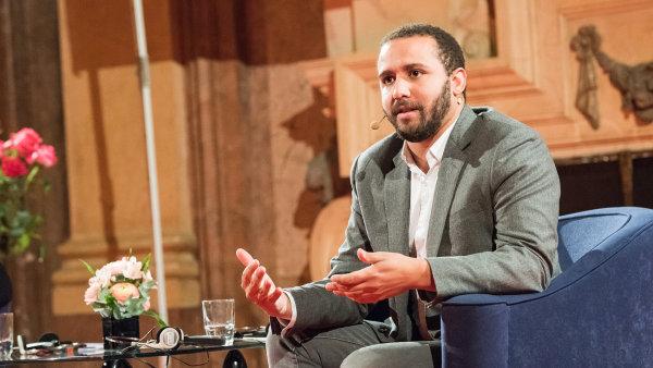 Sedmadvacetiletý Wesley Lowery je držitelem Pulitzerovy ceny, píše pro Washington Post a komentuje vnitropolitické dění v USA pro televizi CNN.