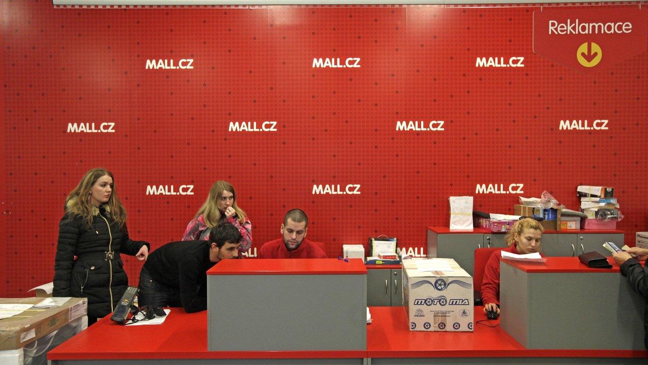 Distribuční centrum internetového obchodu Mall.cz