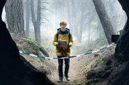 První německý seriál Netflixu je bezútěšným thrillerem, pohled na zdrchaný kraj připomene Pustinu