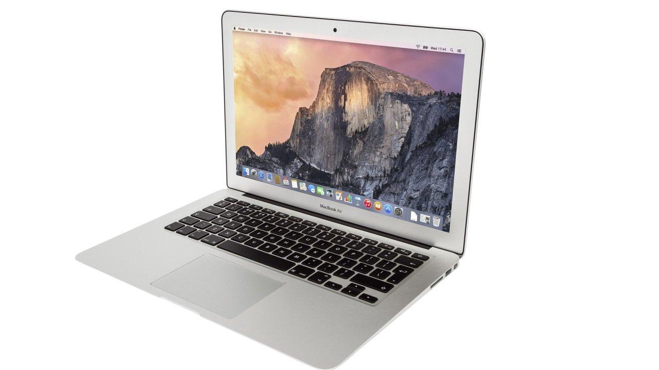 MacBook Air je populární díky dlouhé výdrži a relativně nízké ceně