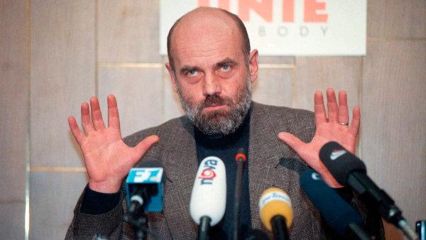 Ruml patřil po roce 1989 k vlivným členům ODS. Po kritice afér občanských demokratů se stal jedním z rivalů Václava Klause.
