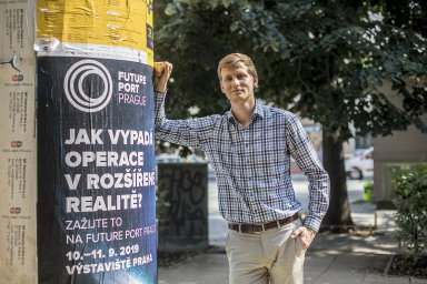 Mladý ekonom Martin Kábrt se svým týmem vyhrál třetí nejprestižnější ekonomickou soutěž nasvětě IPPR.
