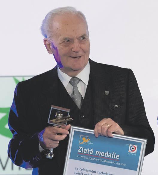 Profesor Kopáček patří mezi nejvýraznější osobnosti oboru hydrauliky apneumatiky.