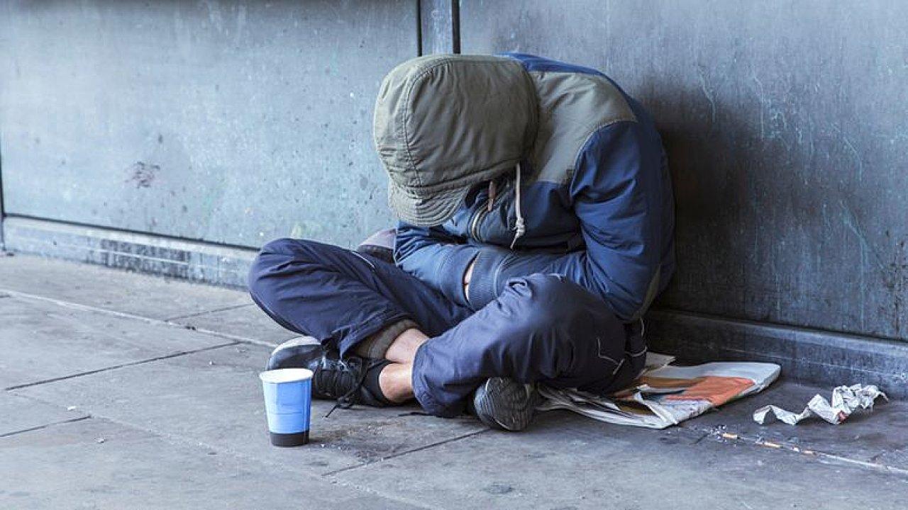 Je to boj o život, chodí k nám bezdomovci s popáleninami z tramvají, říká Kramerius.