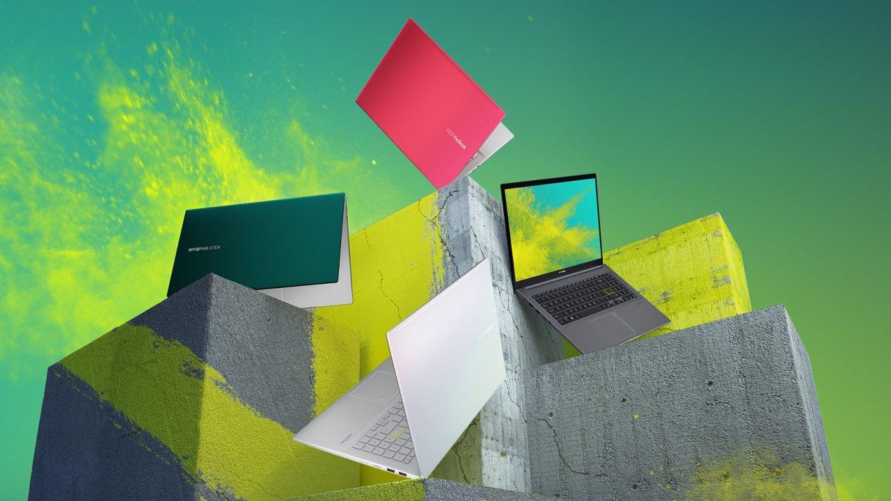 Asus Vivobook S15 hraje barvami, zahrát umí i z povedených reprosoustav.