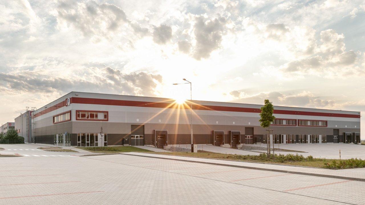 Logistické firmy si v českých P3 parcích loni pronajaly desetitisíce metrů čtverečních (ilustrační snímek).