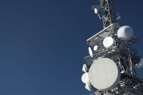 Mobilní operátoři chtějí peníze po Applu, Googlu a Facebooku