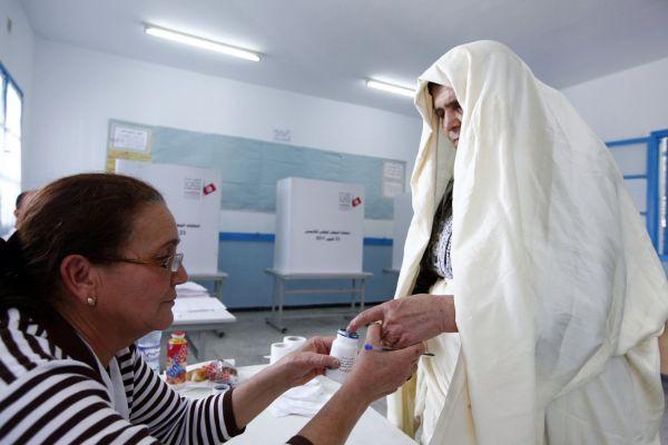 Barva znemožnila Tunisanům volit dvakrát