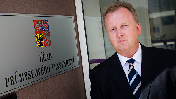 Josef Kratochvíl, předseda Úřadu průmyslového vlastnictví.