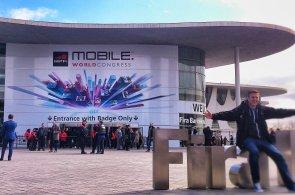 MWC 2014: Našli jsme displej, který měla mít Galaxy S5. Rozlišení 2560 × 1440 přijelo z Číny