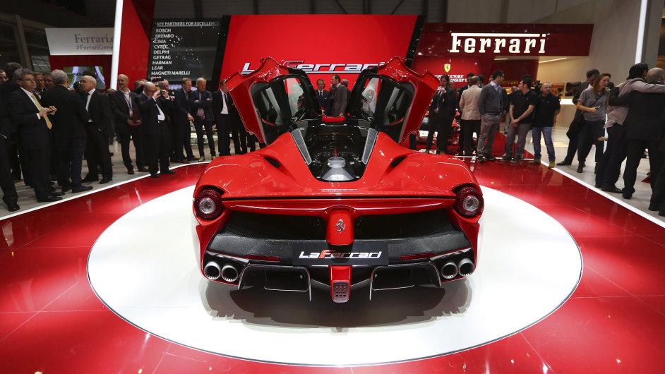 Ferrari La Ferrari F150 Bloomberg