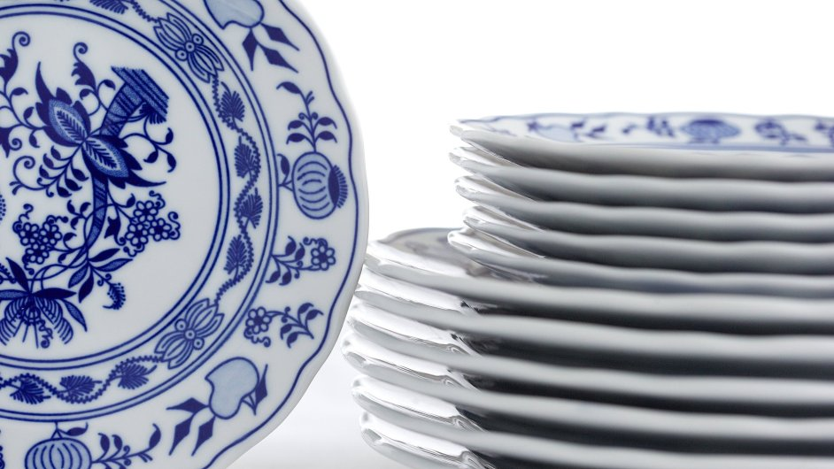 e Čína porcelán