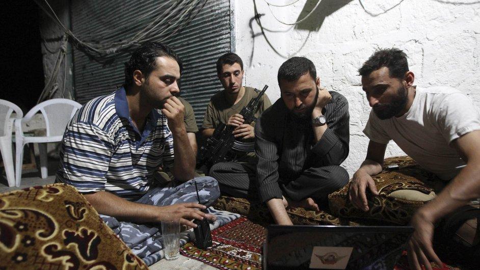 Syrští povstalci v Aleppu