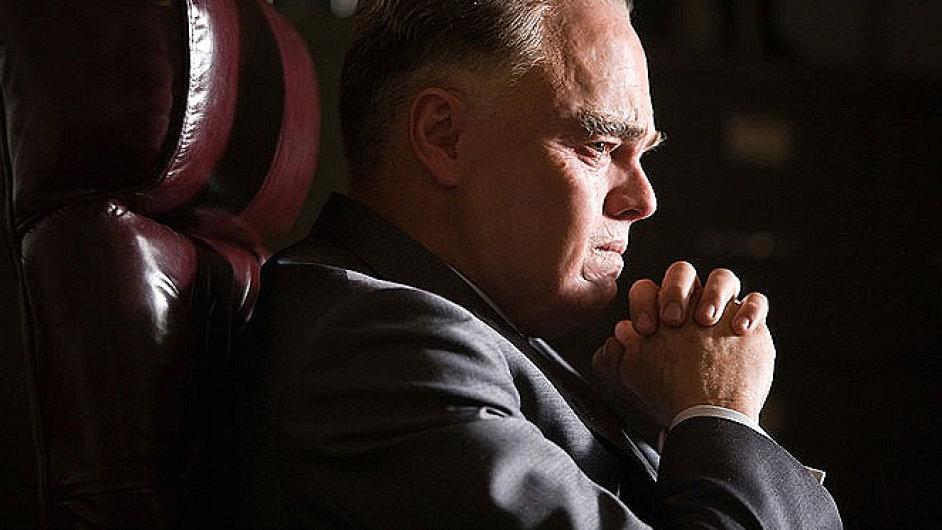 Leonardo DiCaprio v Eastwoodově filmu J. Edgar