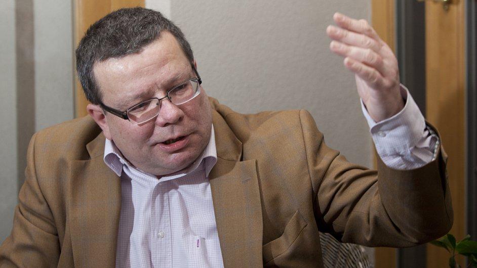 Alexandr Vondra (52)
