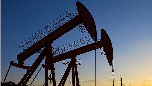 Cena ropy je nejníže od dubna 2004 - Ilustrační foto.