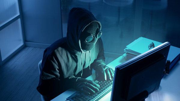 Hacke�i z�skali hesla a� statis�ce �esk�ch u�ivatel� torrentov�ho serveru, ilustra�n� foto