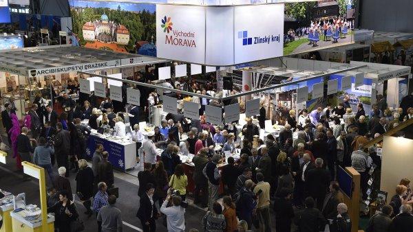 V Brně začal 14. ledna 26. mezinárodní veletrh průmyslu cestovního ruchu Go a 25. mezinárodní veletrh turistických možností v regionech Regiontour. Končí 17. ledna.