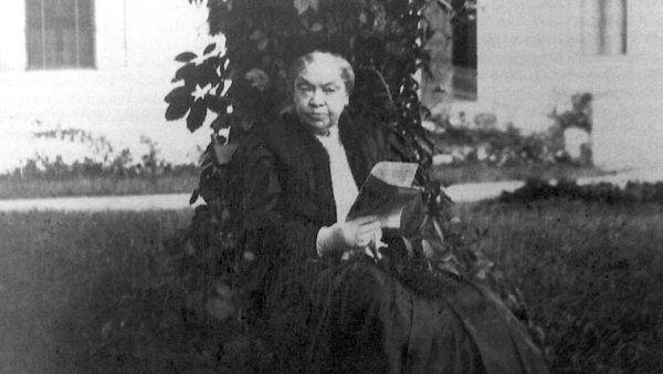 Marie von Ebner-Eschenbachová (na snímku ve Zdislavicích) pocházela ze starého moravského šlechtického rodu.