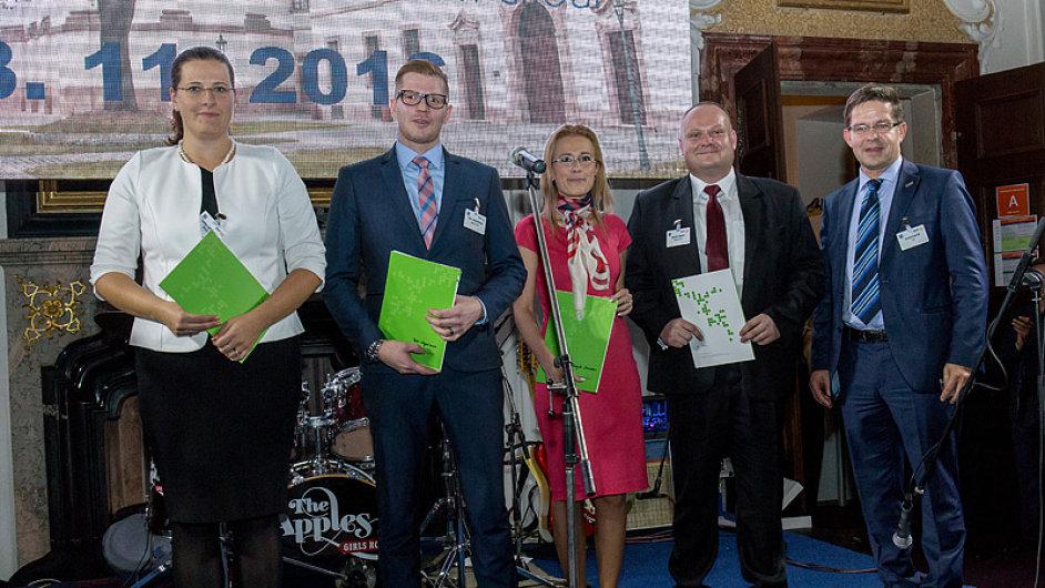 Na nedávné konferenci SpeedChain došlo ke slavnostnímu předání certifikátů pěti logistikům