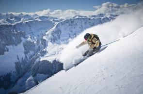 Zimní Salcbursko: V kraji pekelných Krampusů si zalyžují vrcholoví sportovci i rodiny s dětmi