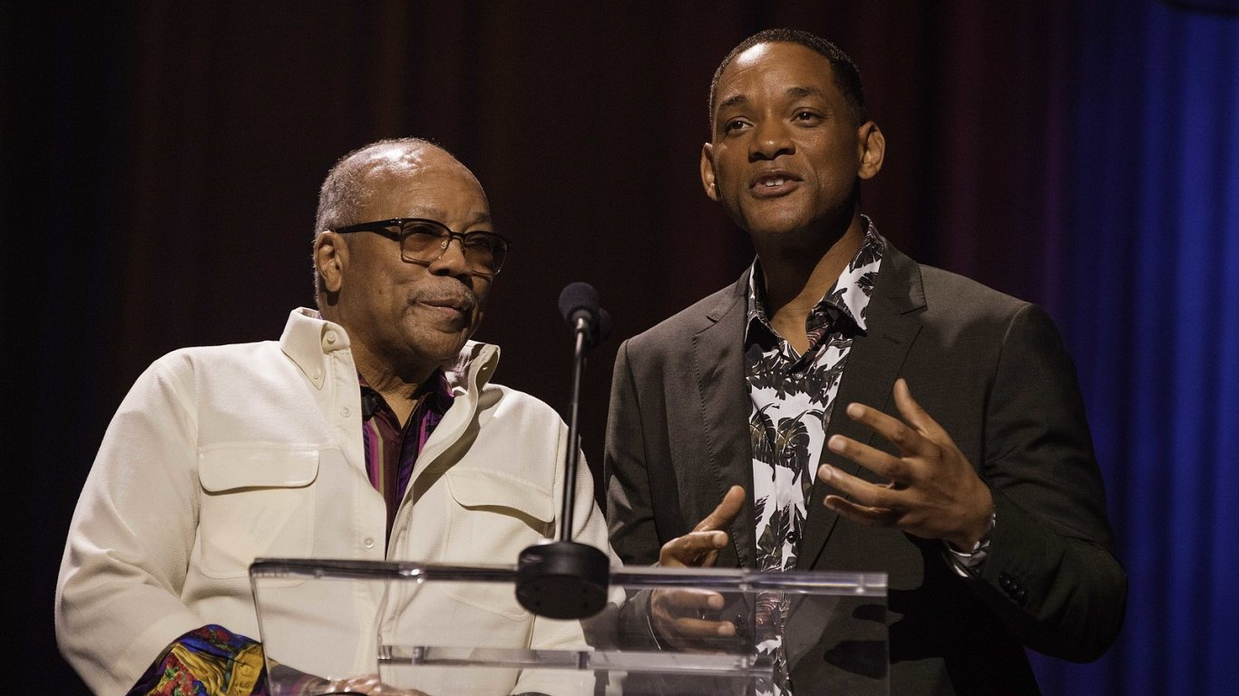Koncert v Havaně uvedli producent Quincy Jones (vlevo) a herec Will Smith.