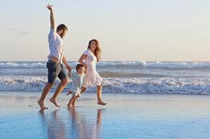Češi mají peníze, na dovolenou stále častěji létají